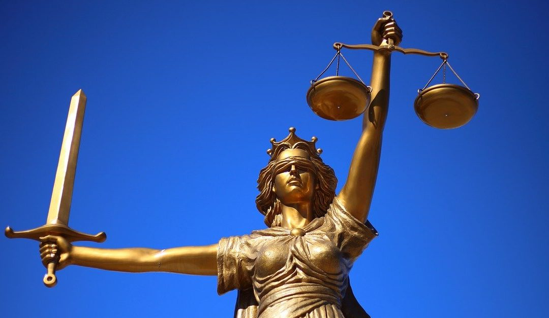 Was zu tun ist, damit Justitia die Bargeldabschaffung abwenden kann